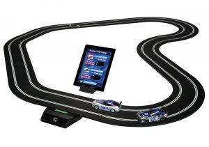 Scalextric 1:32 bilbane med app-kontrollsett